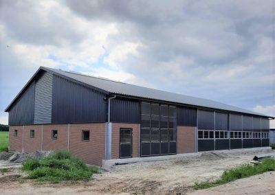 Nieuwbouw werktuigenberging/jongveestal Nijhof
